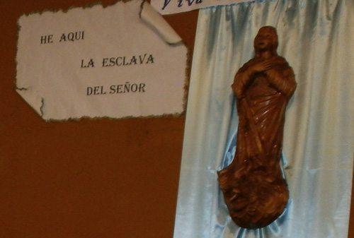 Mes de María en España