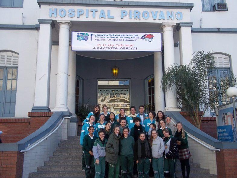 Visita a los enfermos del Hospital Pirovano