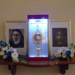 Entronización de la reliquia de nuestra Beata
