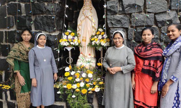 Inauguración Gruta de Lourdes