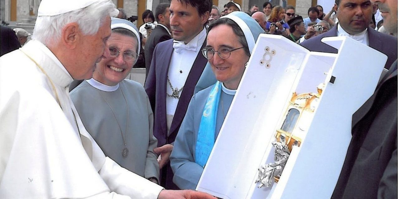 (Español) 10° Aniversario Beatificación