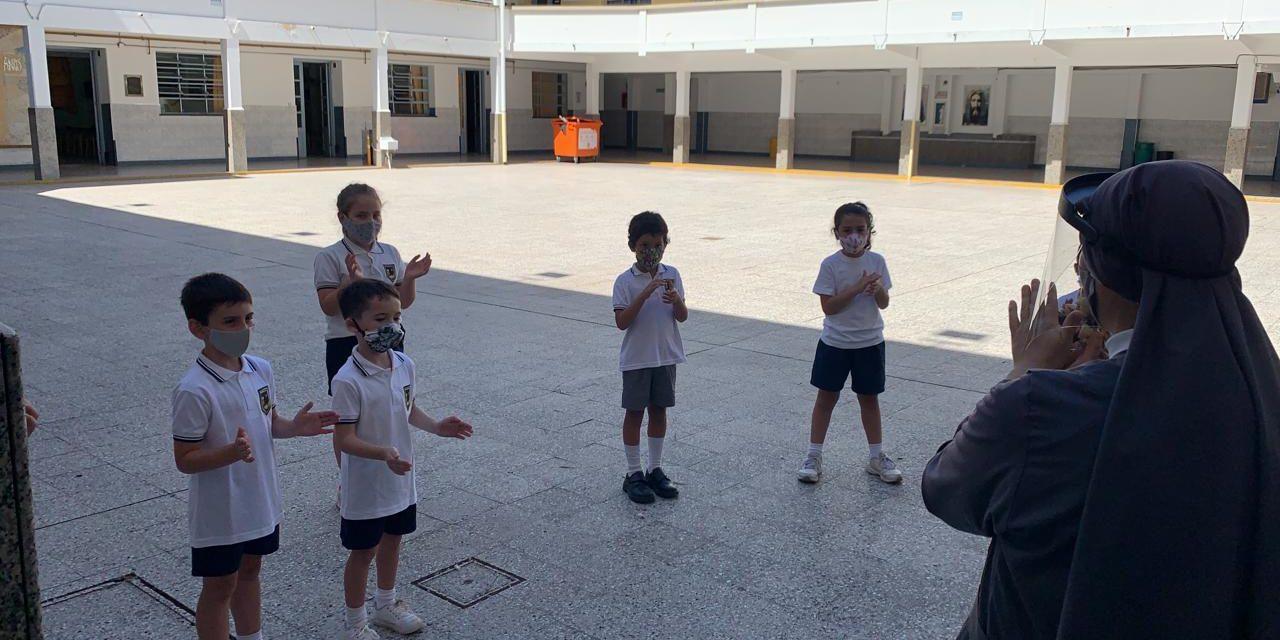 (Español) Revinculación con los más pequeños